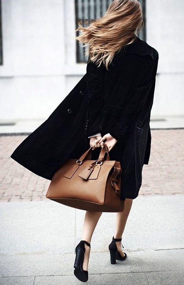 **Black back view, luxurytravelhub.blogspot.com