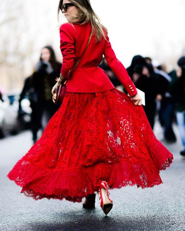 **Red Paris Street style.elle.com