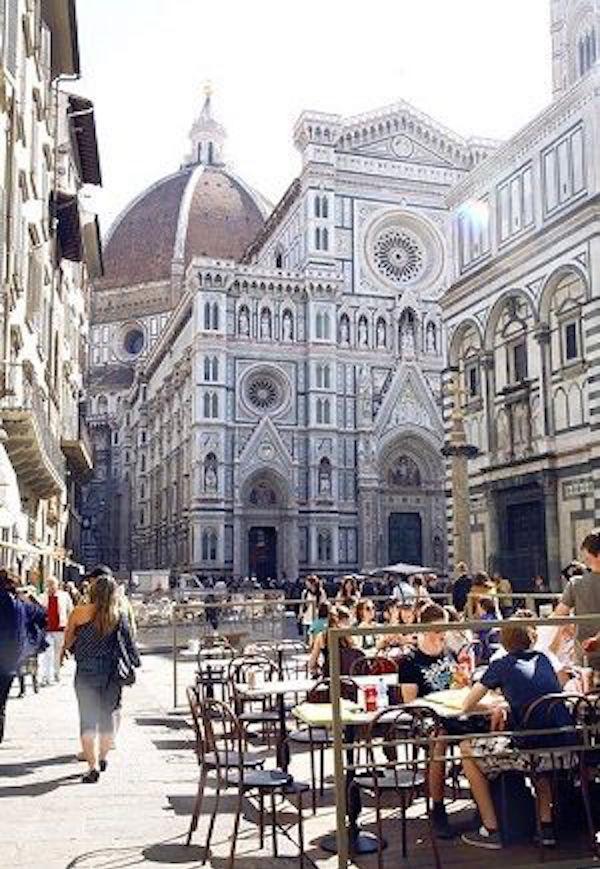 Duomo outdoor cafe