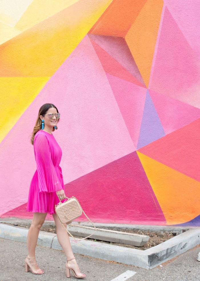 jennifer-lake-ASOS-pink-pleated-dress-02